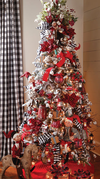 Christmas Orchard Christmas tree theme from Raz Imports in 2017
