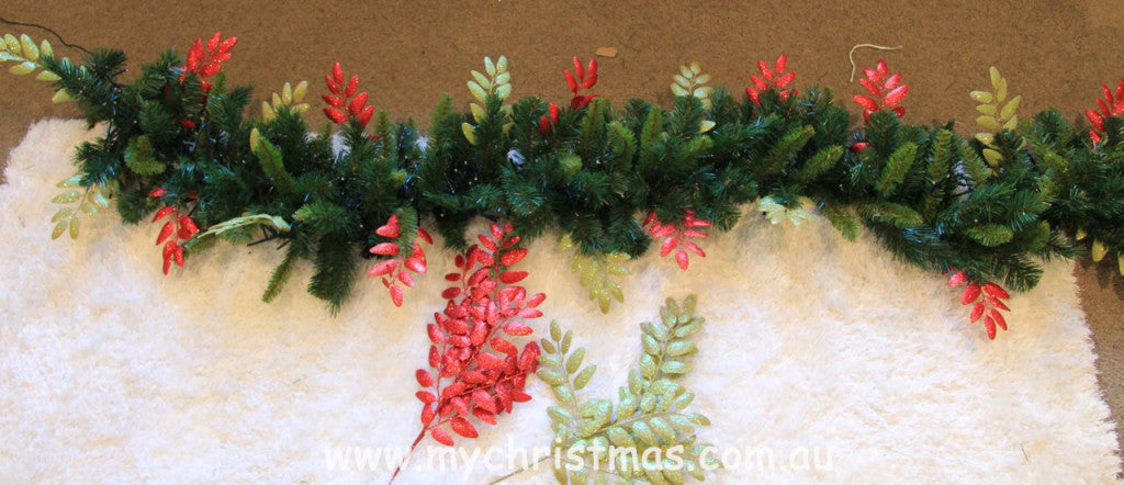 Red and green leaf garland