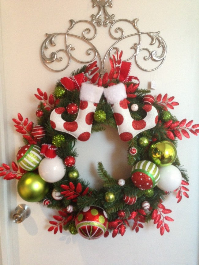 wreath_with_boots