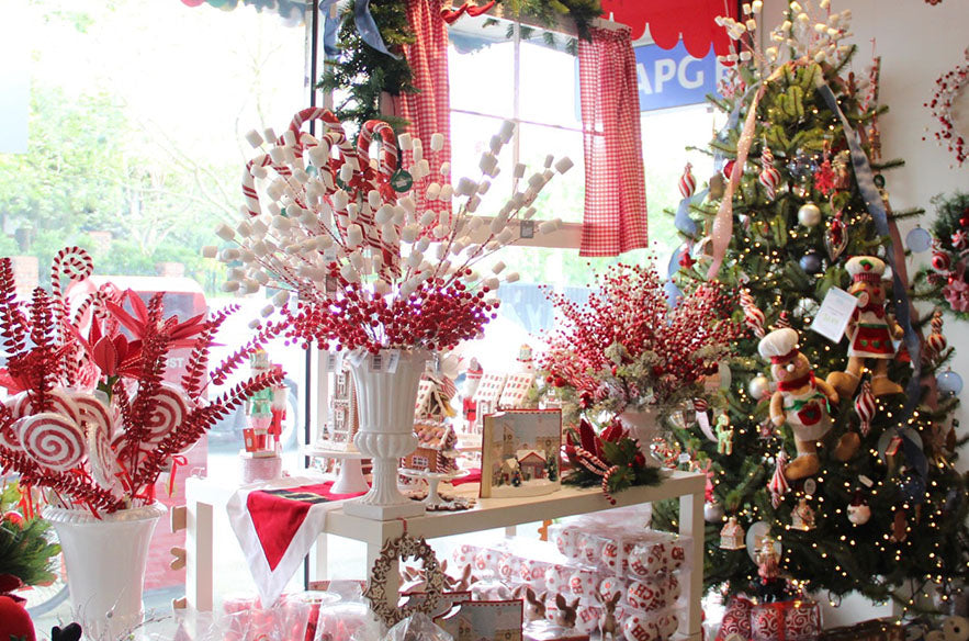 Buy Christmas Trees & Decorations in Melbourne Shop or On-line.