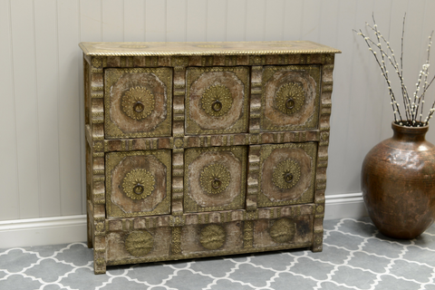 A Moroccan-inspired chest of drawers
