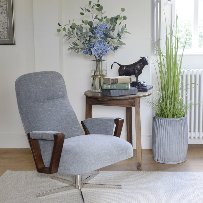 Cotswold Grey Contemporary Furniture Amp Accommodation In