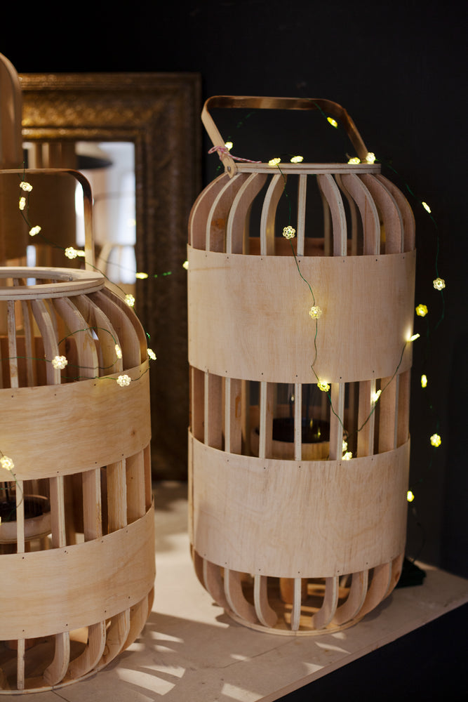 Willow Lantern - Medium