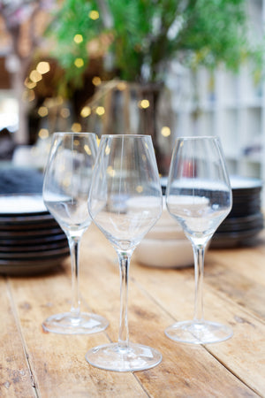 Load image into Gallery viewer, Broste Stripe White Wine Glass