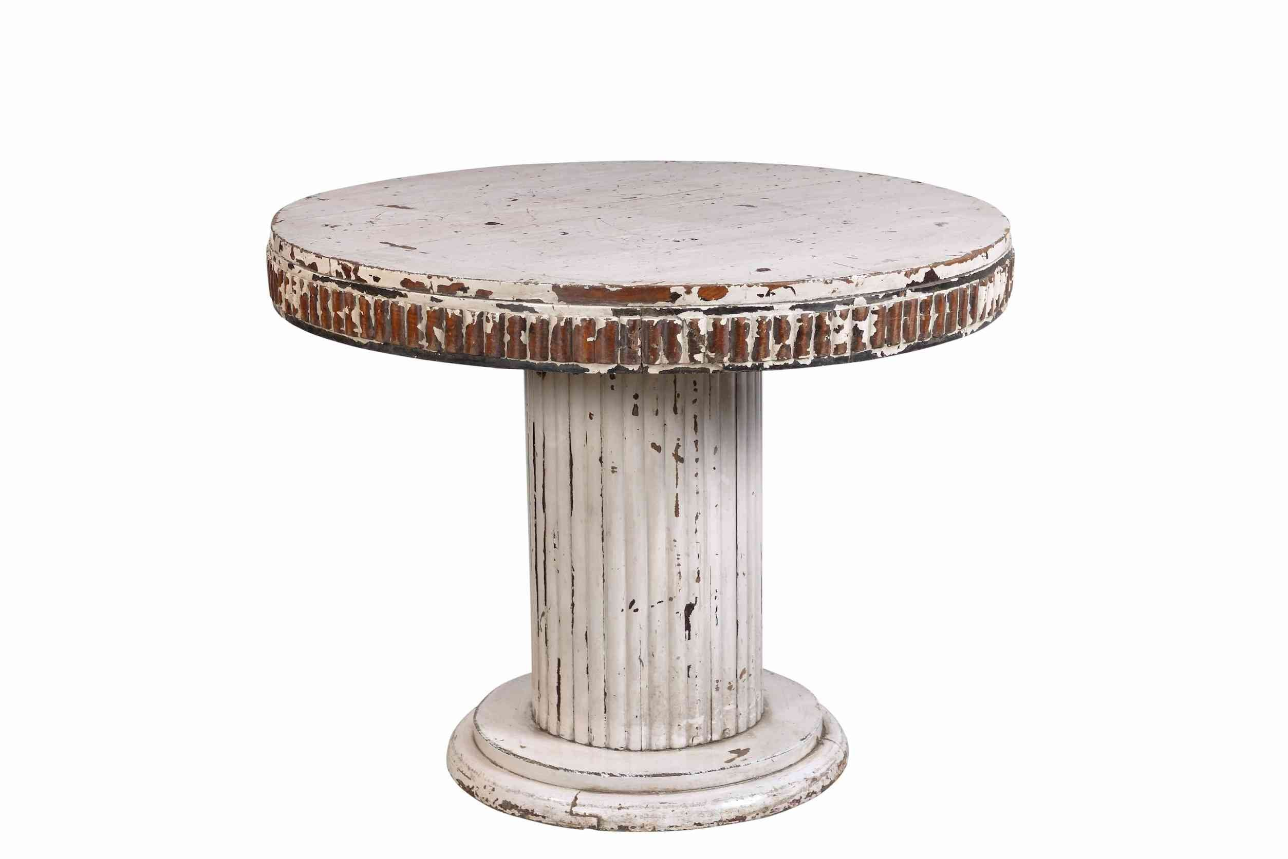 Round White Distressed Coffee Table – Cotswold Grey Ltd