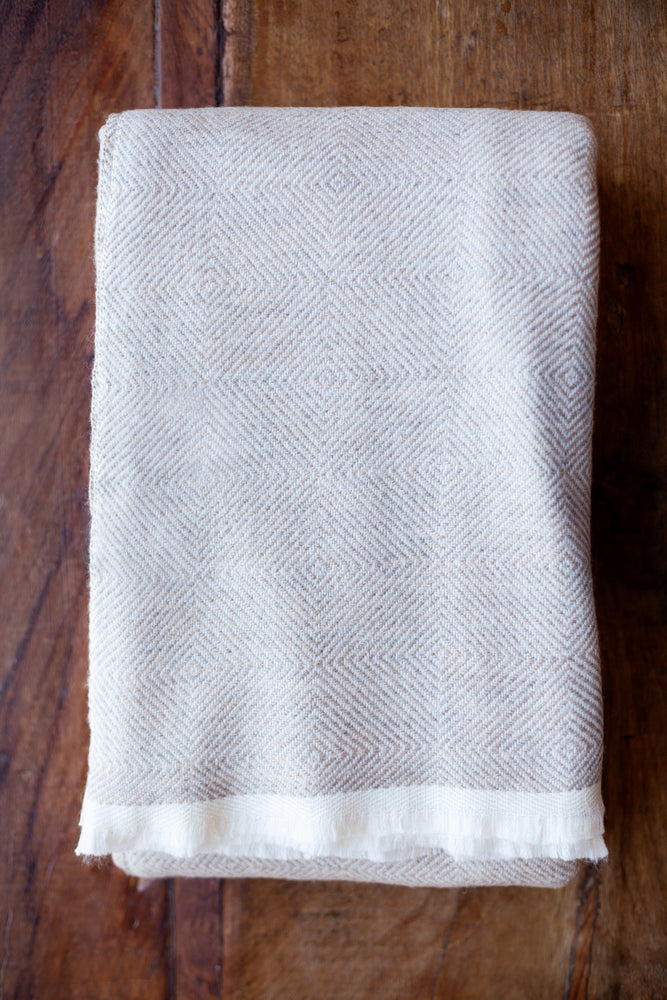 Cashmere Throw - Fawn