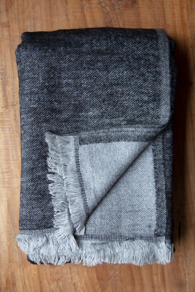 Cashmere Throw - Charcoal and Grey