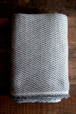 Cashmere Throw - Grey Zigzag