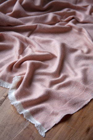 Load image into Gallery viewer, Cashmere Throw - Salmon Pink