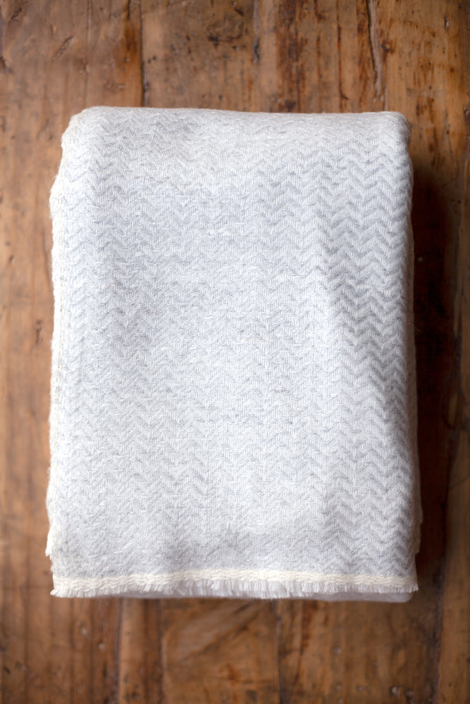 Cashmere Throw - Cobble Grey Zigzag