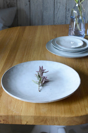 Load image into Gallery viewer, Broste Nordic Sand Extra Large Plate