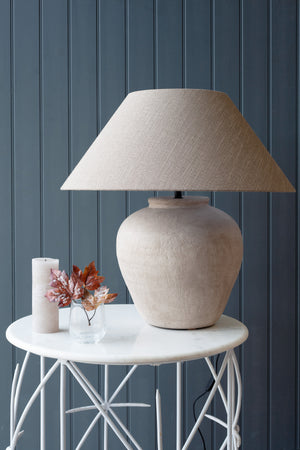 Figo Vase Lamp White/Light Fawn