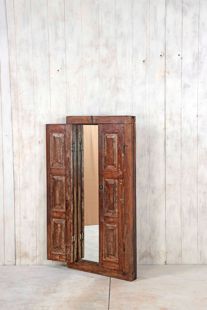 WOODEN WINDOWS LARGE-83