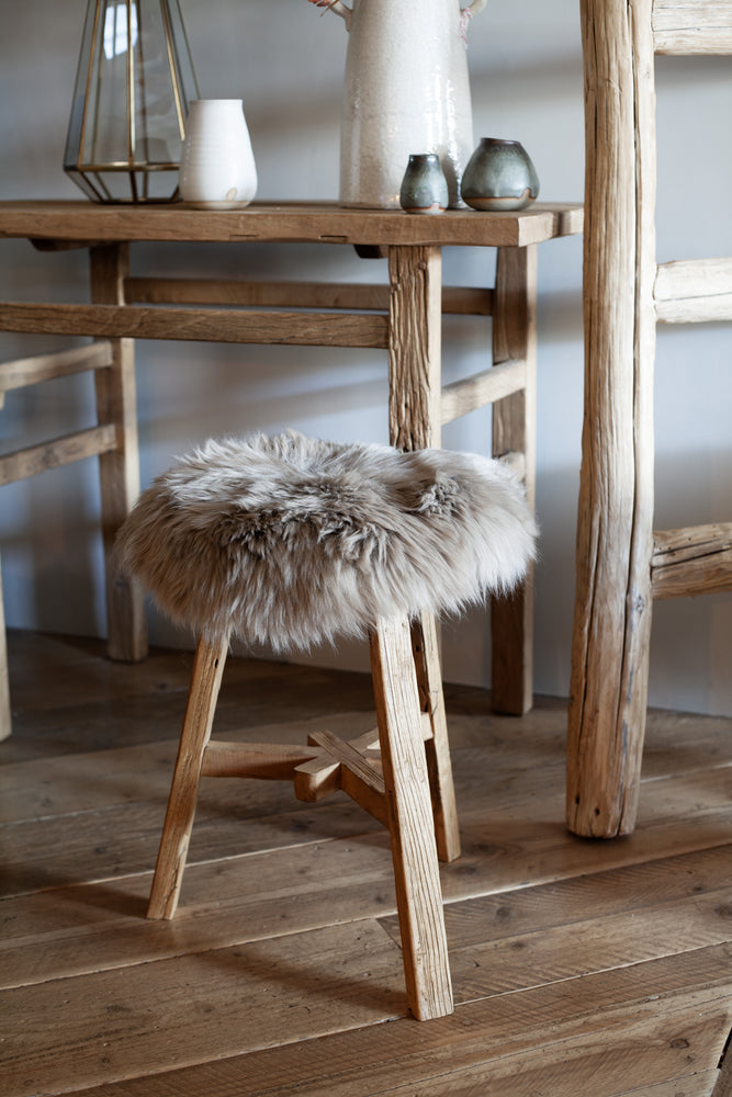 New Zealand Long Wool  Sheepskin Seat Cover - Taupe 38 cm