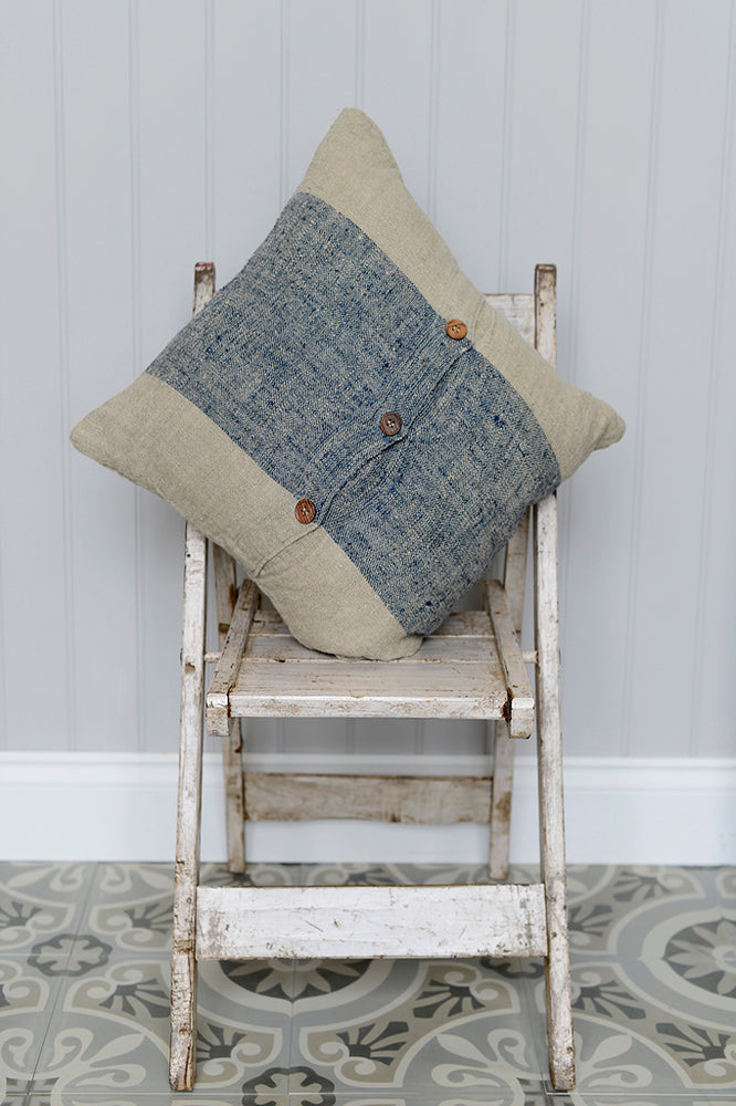 Cotswold Grey Hali cushion and throw.