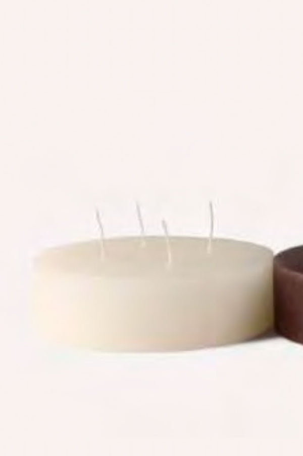 Four wick floating candles perfect for mood lighting and dinner parties