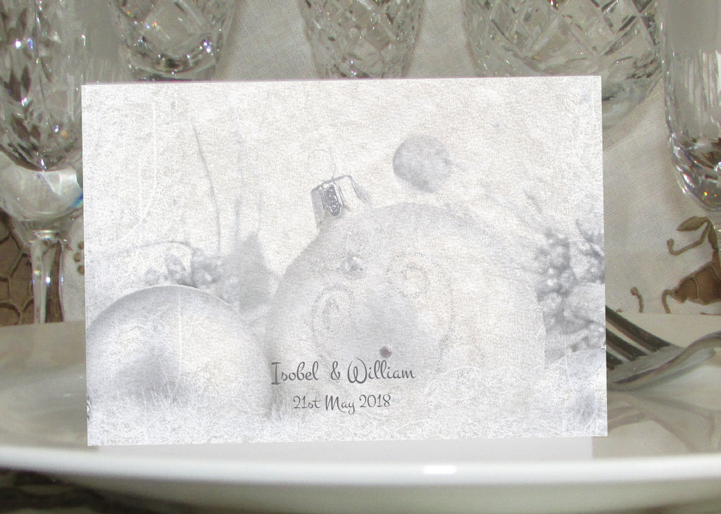 072 Silver Baubles Place Cards