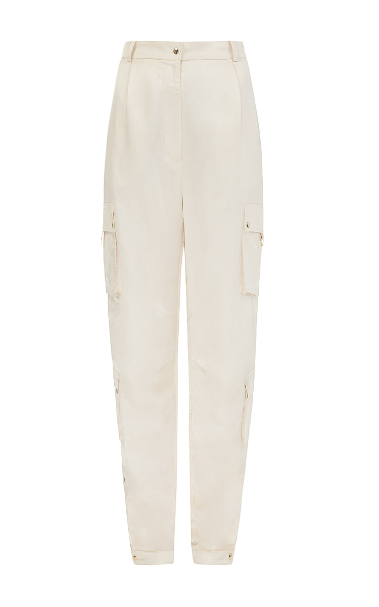 Milk pants with patch pockets