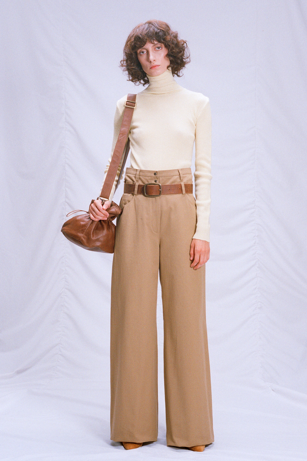 Cotton pants with a double belt
