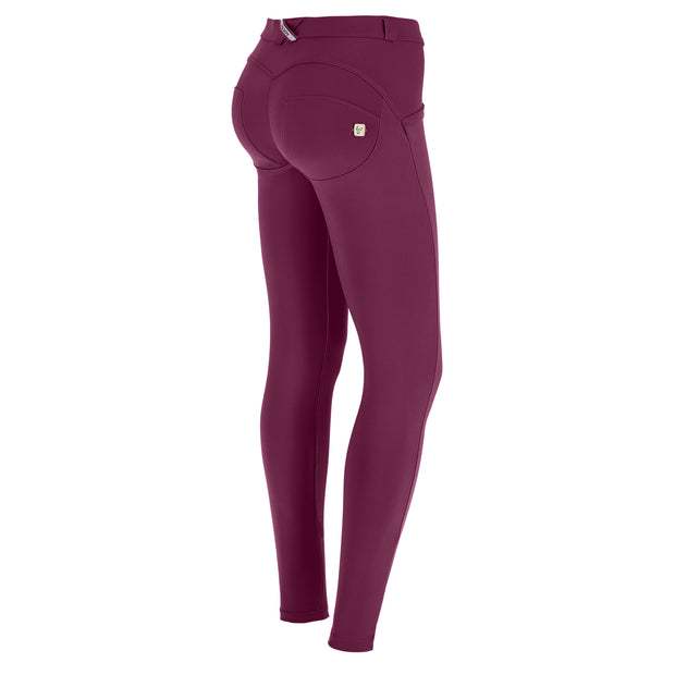 (WRUP1RC004-E54) WR.UP® REGULAR-RISE SKINNY-FIT PURPLE PANTS IN D.I.W.O.®