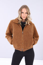 (IT_S0WTWJ8_ME32) Short faux shearling jacket