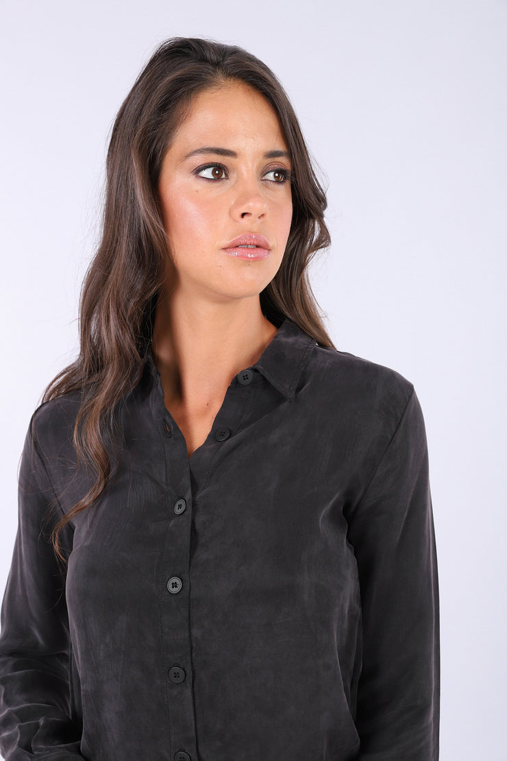 (IT_S0WTWY3_N) Black bodysuit with a collared shirt