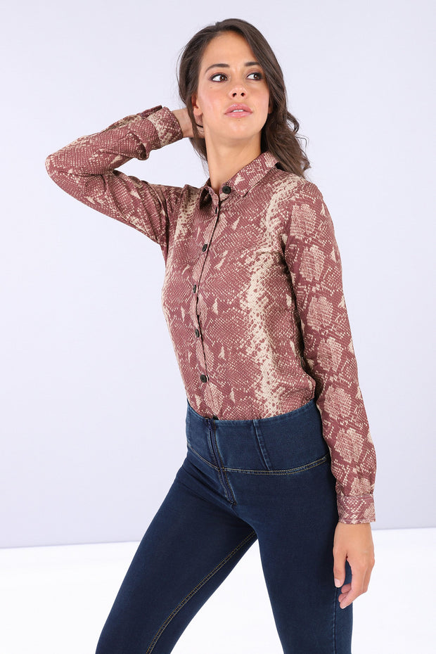 (IT_S0WTWY4_ANI6N) Bodysuit with a snake print collared shirt