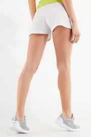 (IT_S1WBCP12_W) Plain colour drawstring-waist shorts with tone-on-tone details