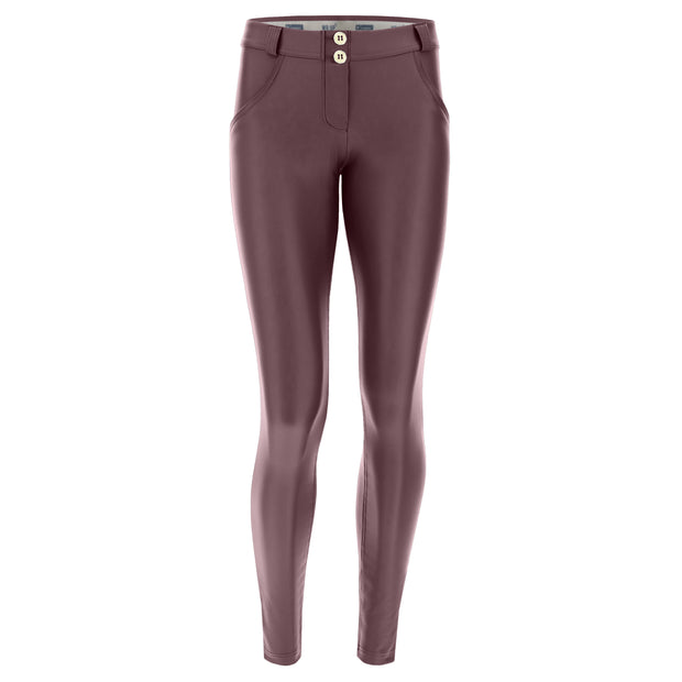 (WRUP1RC006-E70) WR.UP® REGULAR-RISE SKINNY-FIT AUBERGINE PANTS IN FAUX LEATHER (ORDER A SIZE UP)