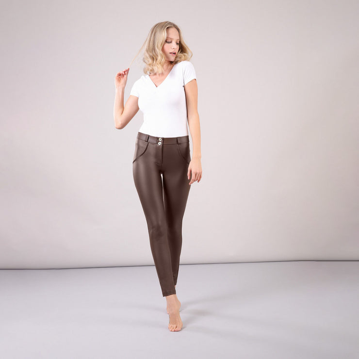 (WRUP1RC006-M12) WR.UP® REGULAR-RISE SKINNY-FIT BROWN PANTS IN FAUX LEATHER
