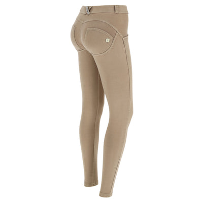 (WRUP1RF824-Z100) WR.UP® REGULAR WAIST SKINNY-FIT BEIGE PANTS WITH A DISTRESSED EFFECT