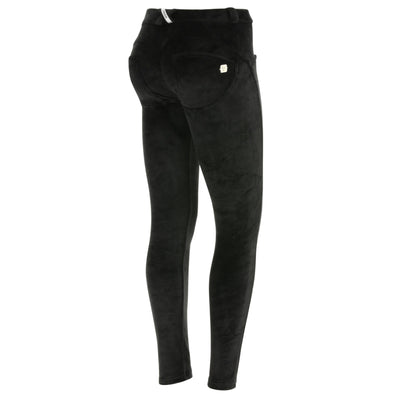 (WRUP1RF835-N)WR.UP® REGULAR-WAIST SKINNY-FIT PANTS IN BLACK VELVET