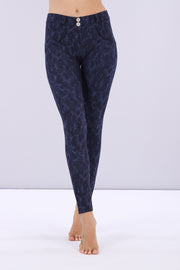 (WRUP1RS018-FLO8)WOMEN'S SHAPING WR.UP® PANTS WITH AN INDIGO FLORAL PRINT