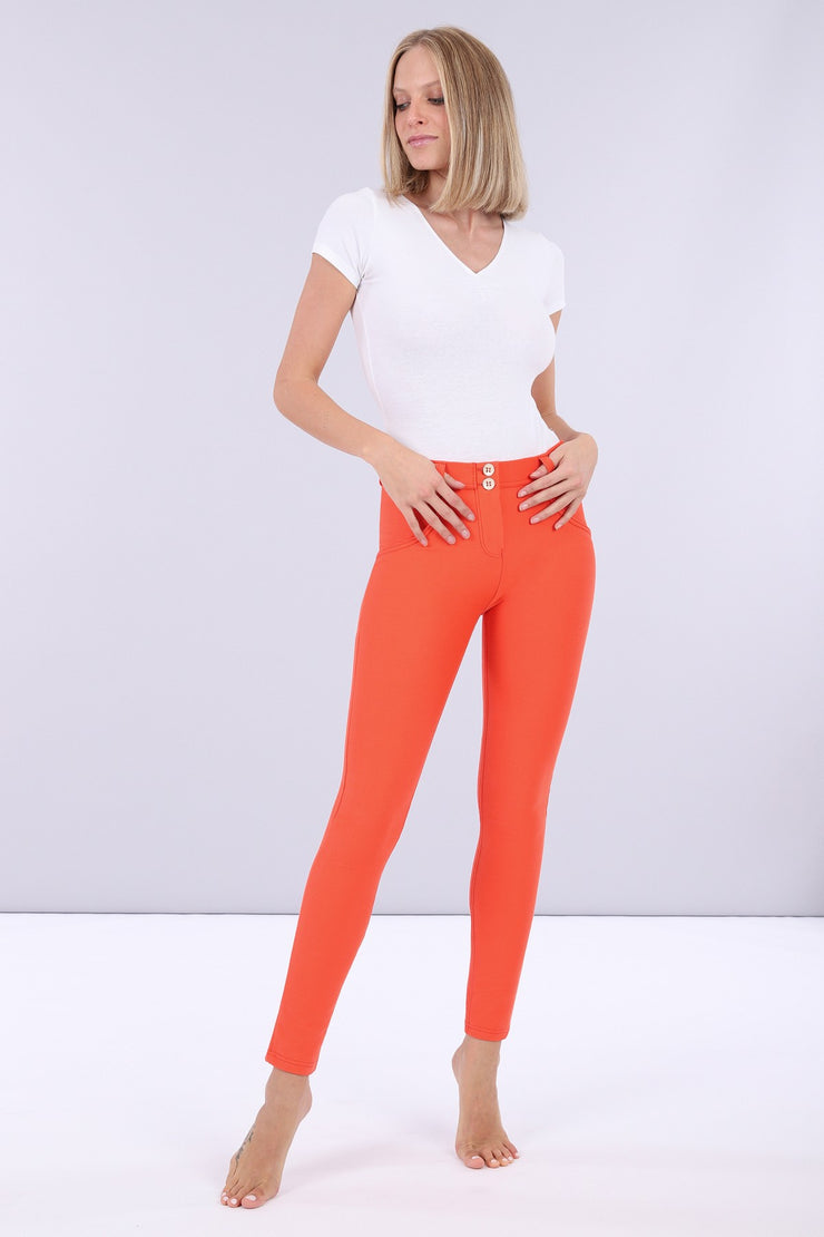 (WRUP1RS019-A77) LUSTROUS SCULPTING WR.UP® TROUSERS