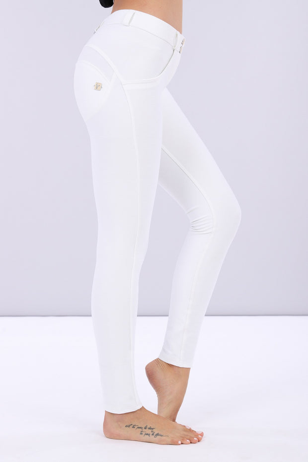(WRUP1RS019-W) LUSTROUS SCULPTING WR.UP® TROUSERS