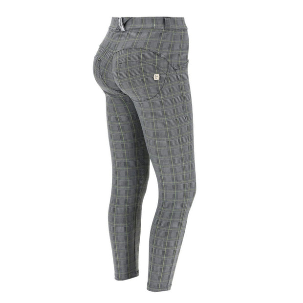 (WRUP4RF041-NGR) SUPER-SKINNY WR.UP® PANTS IN GLEN PLAID