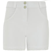 (WRUP9RS133-W)WHITE DENIM WR.UP® JEAN SHORTS WITH A FRAYED HEM