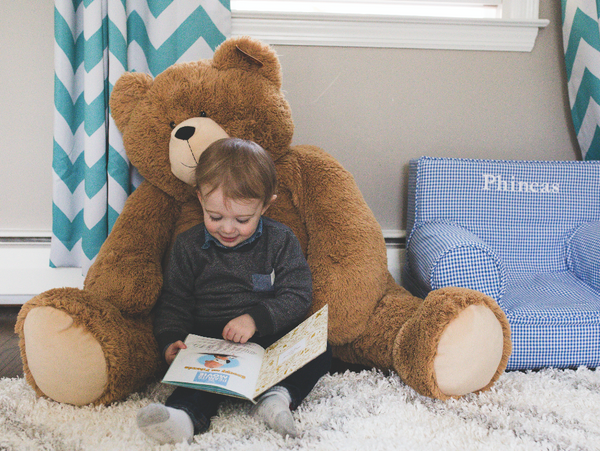 Reading to our kids is one great way for the Easy Baby Travelers family to reconnect and to help support their learning!