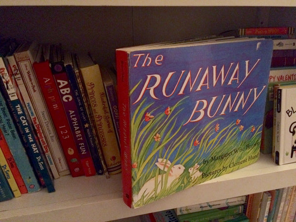 We at Easy Baby Travelers adore the Runaway Bunny book... do you?