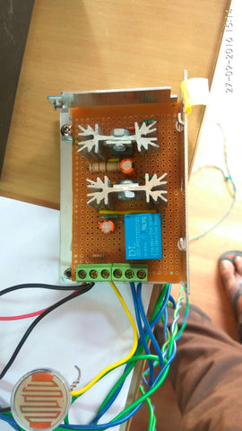 automatic-light-controlling-unit-using-automatic-light-sensing-switch-1