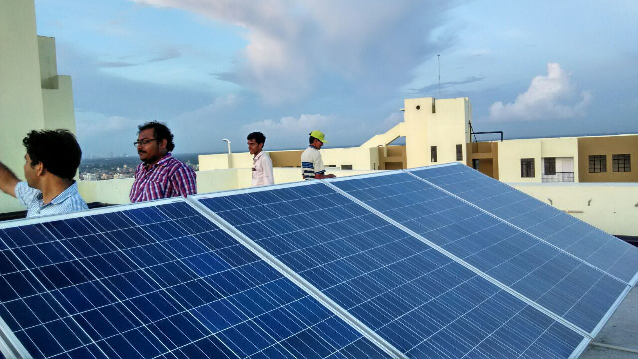 rooftop-solar-system-installation-by-AlienSolar-in-Kolkata-Bengal-Peerless