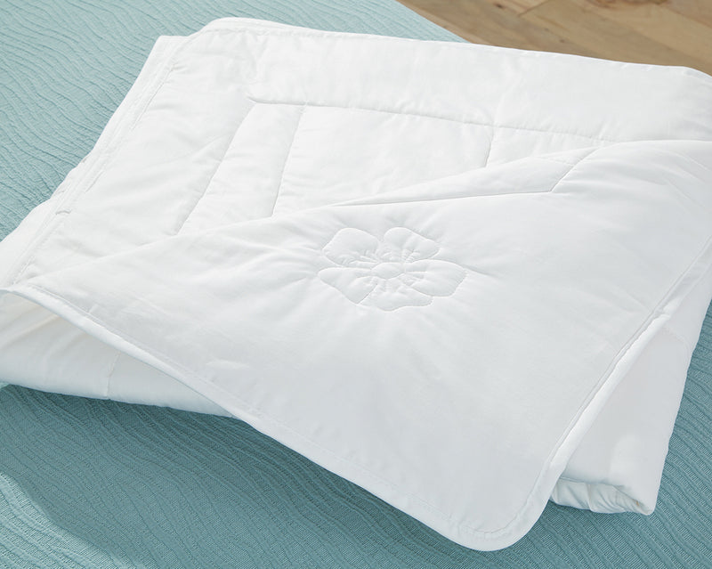 Luxurious Natural Summer Weight Comforter-Summer Linen