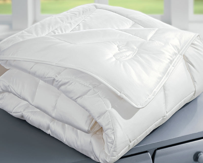Luxurious Natural Winter Weight Comforter-Maize