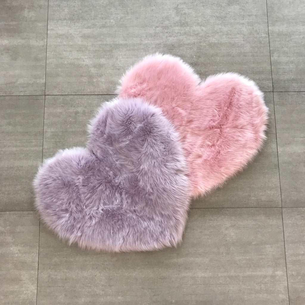Machine Washable Faux Sheepskin Heart Lavender Area Rug