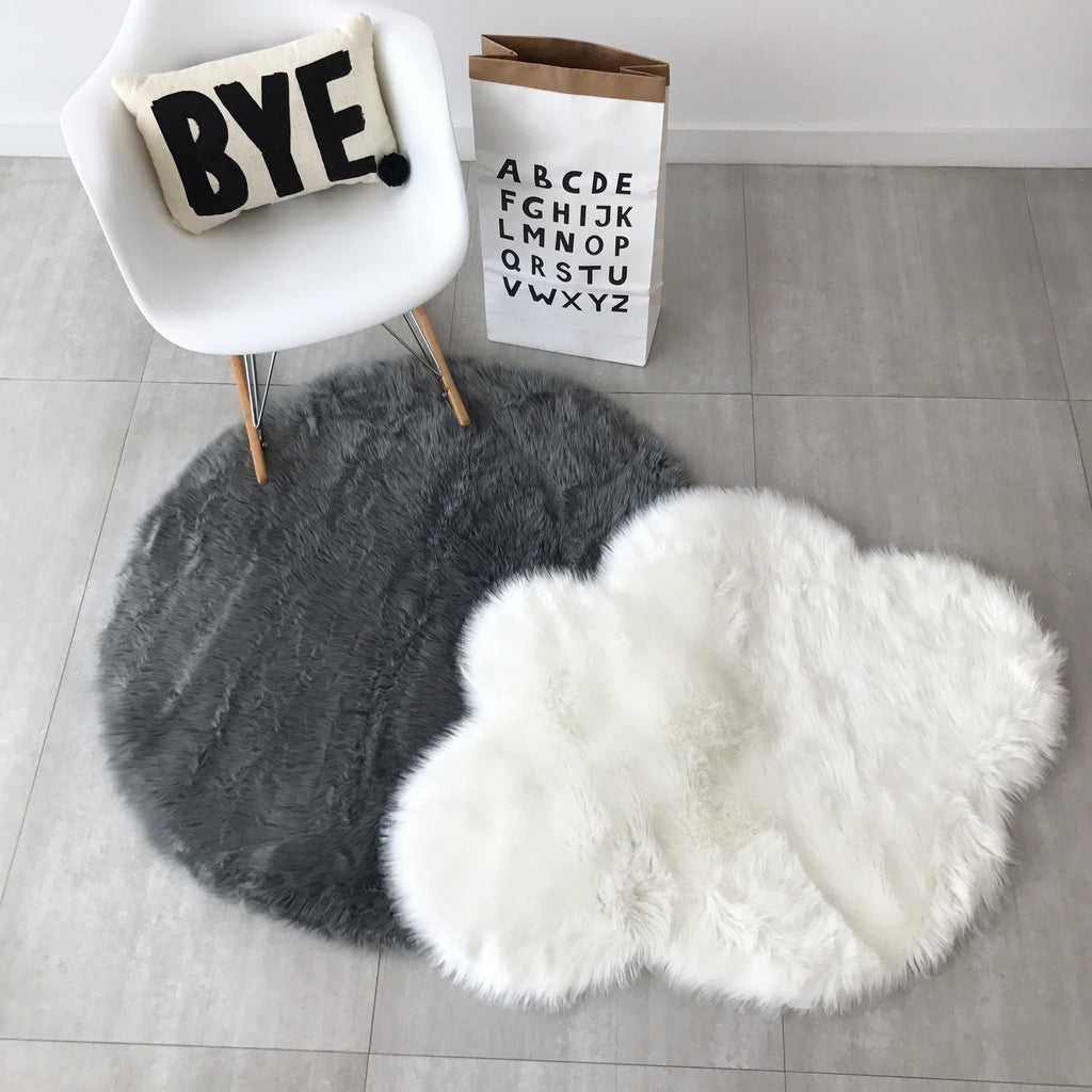 Machine Washable Faux Sheepskin Grey Round Area Rug
