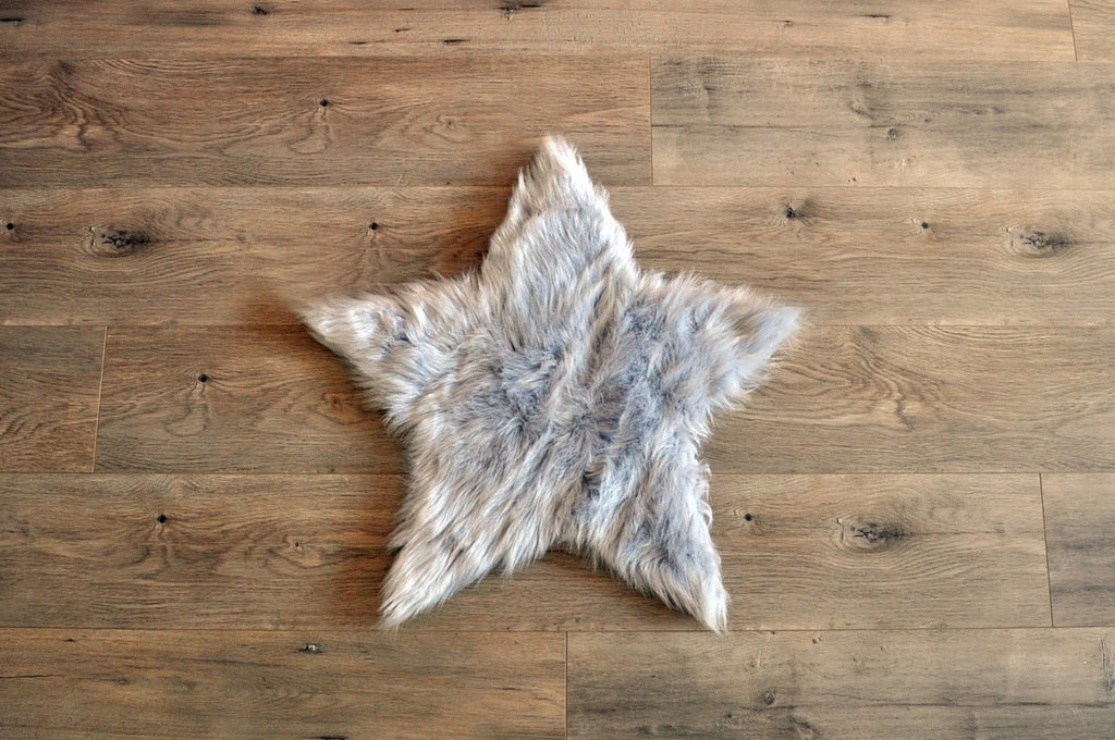 Machine Washable Faux Sheepskin Light Grey Star Area Rug