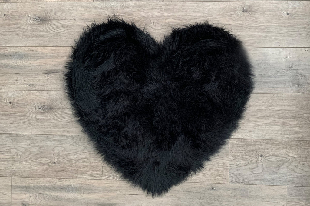 SAMPLE Machine Washable Faux Sheepskin Black Heart Area Rug