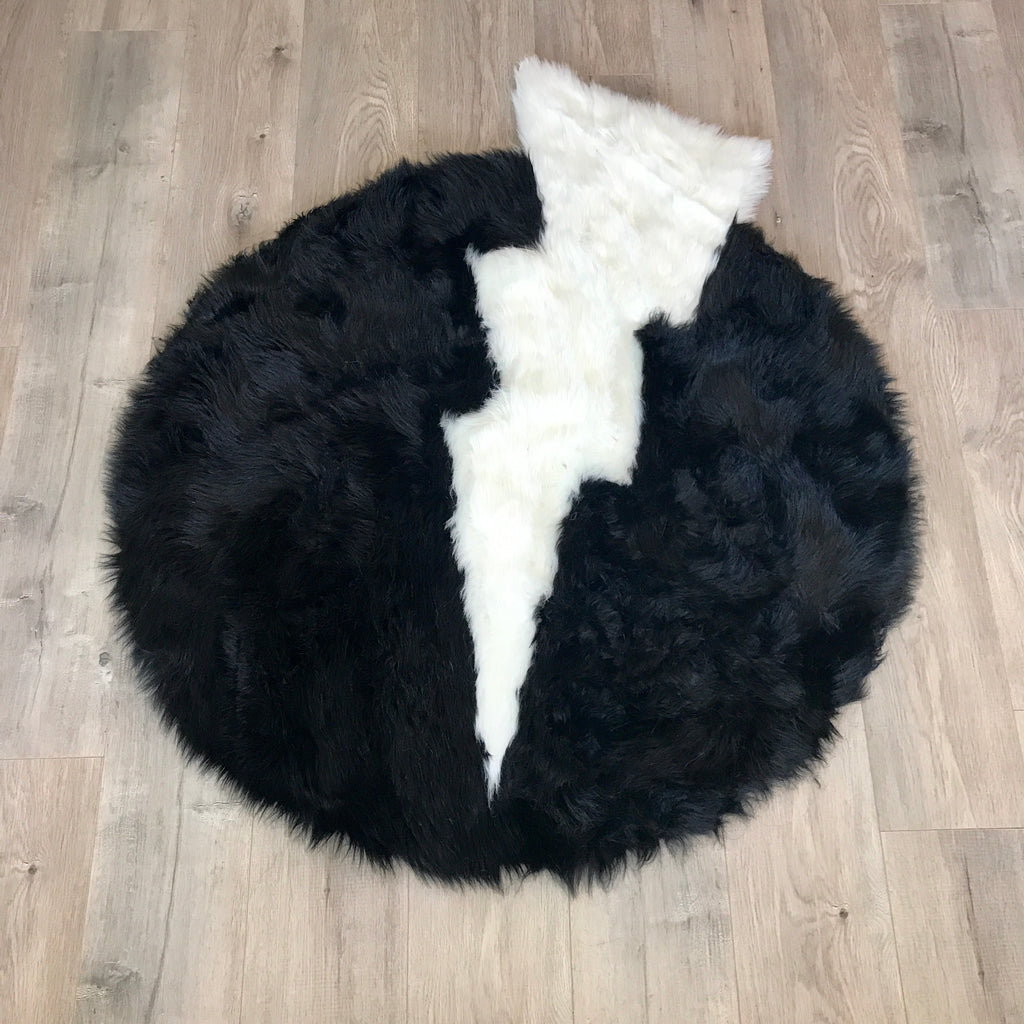 SAMPLE Machine Washable Faux Sheepskin Thunderbolt Black and White Area Rug