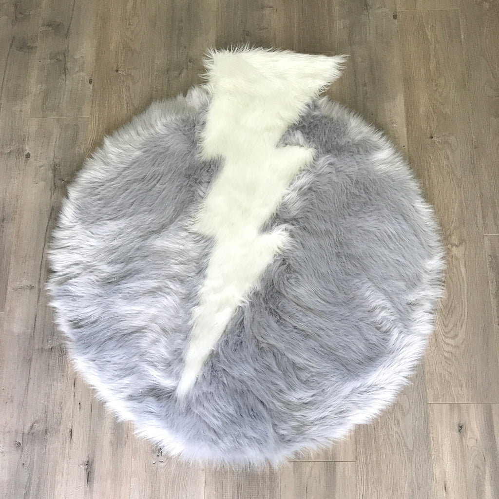NEW! Machine Washable Faux Sheepskin Thunderbolt Light Grey and White Area Rug