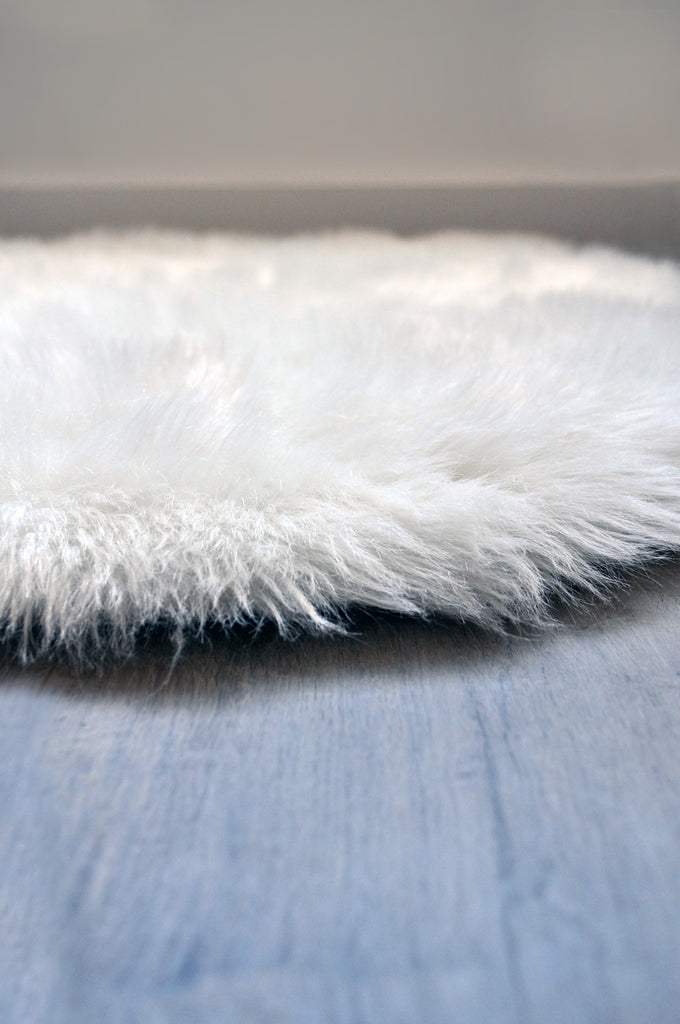 Machine Washable Faux Sheepskin White Area Rug